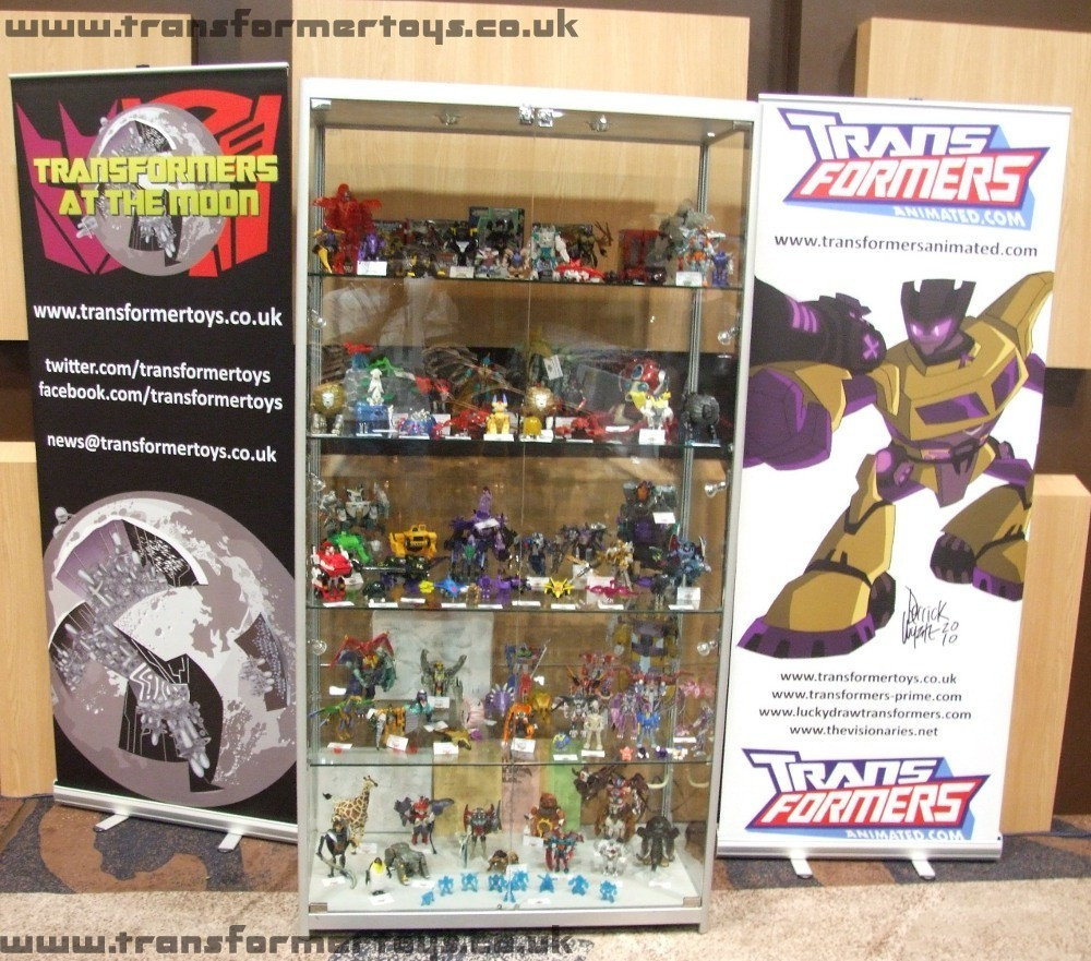 Transformers Toys and Figures at Transformers At The Moon