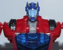 deluxe-cybertronian-optimus-prime-002.jpg
