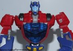 deluxe-cybertronian-optimus-prime-003.jpg