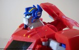supreme-roll-command-optimus-prime-024.jpg