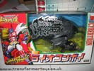 bw2-black-lio-convoy-gold-claw-002.jpg