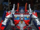 leaderclass-optimus-prime-014.jpg