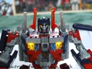 leaderclass-optimus-prime-015.jpg