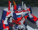 leaderclass-optimus-prime-024.jpg