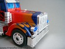 premium-leader-optimus-prime-016.jpg