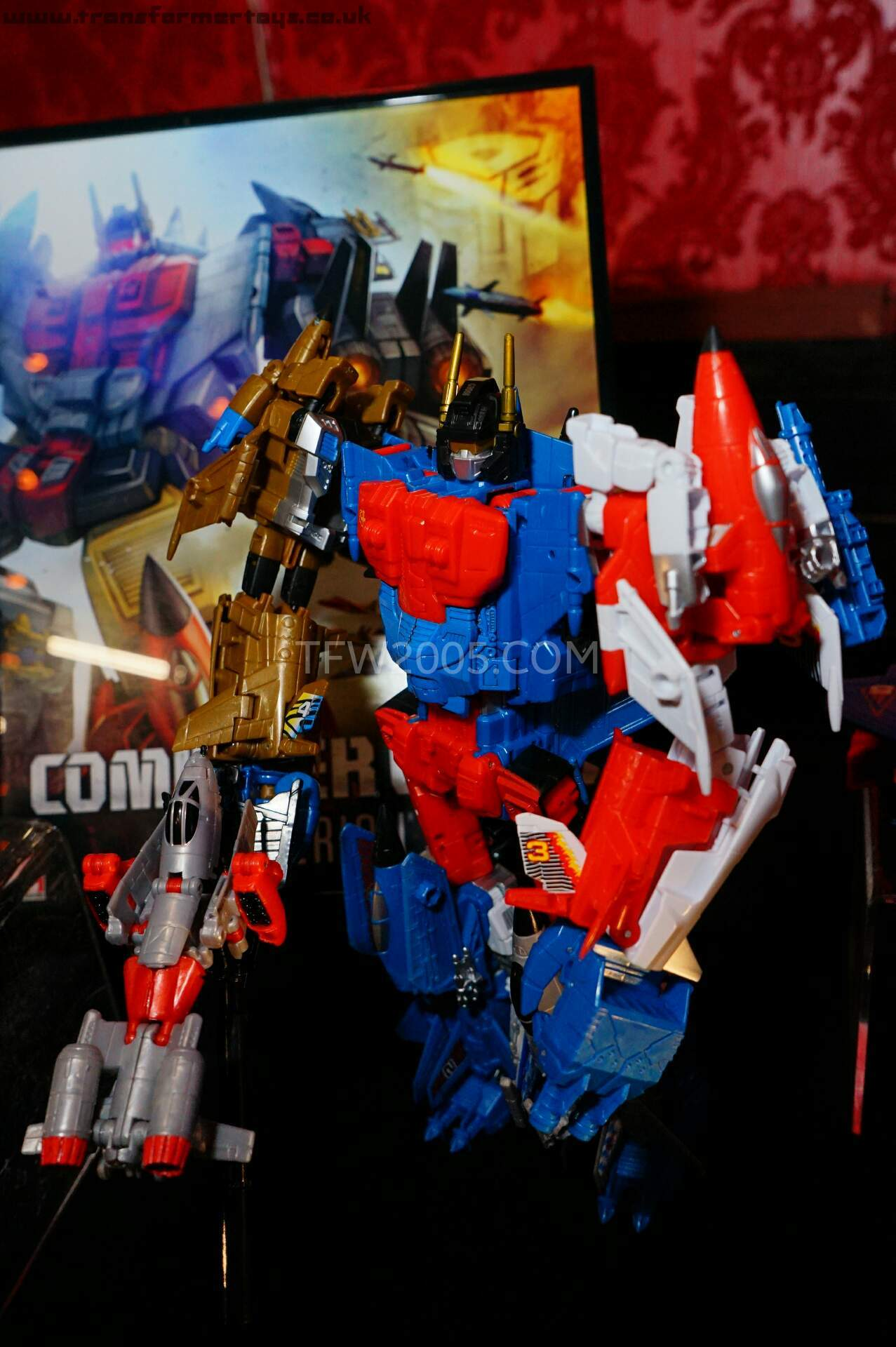 sdcc news combiner wars animated show g2 toys ankle joints and