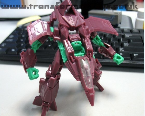 Transformers Fall of Cybertron Starscream Testshot images